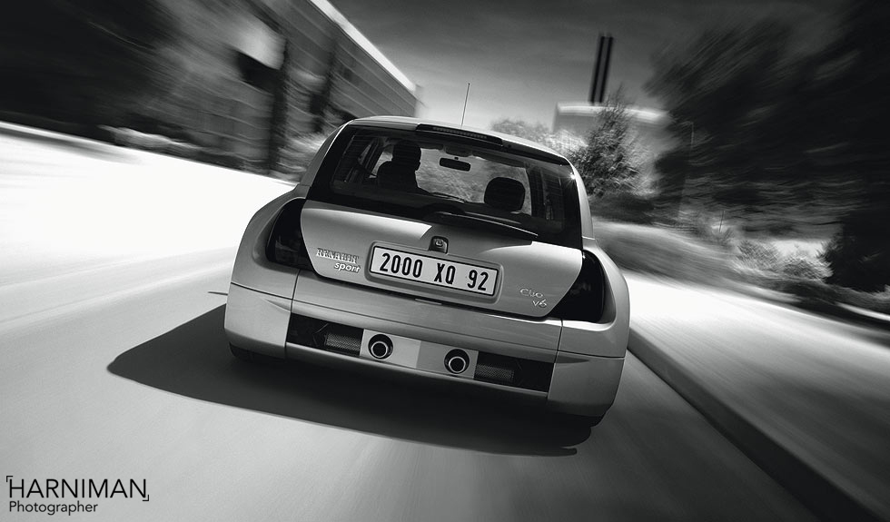 The Frog's Bollocks – Renault Sport Clio V6