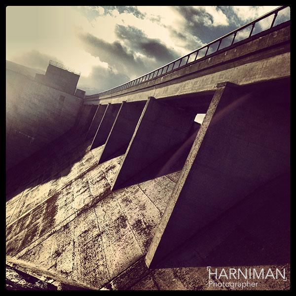 harniman_photographer_dam