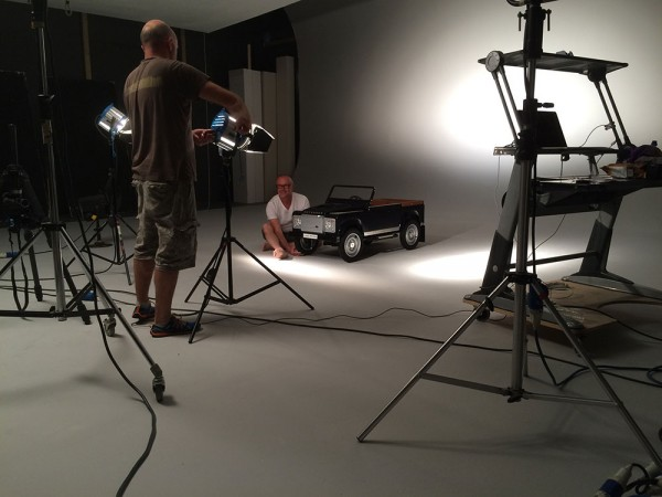 LandRover Defender pedal car 2015 BTS in the studio