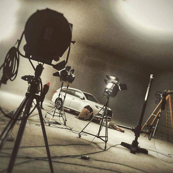 Behind The Scenes in the studio Mitsubishi PHEV Outlander
