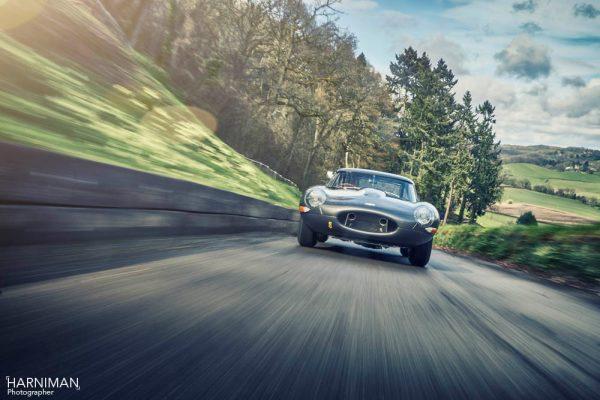 Jaguar E-Type Lightweight - tracking shot
