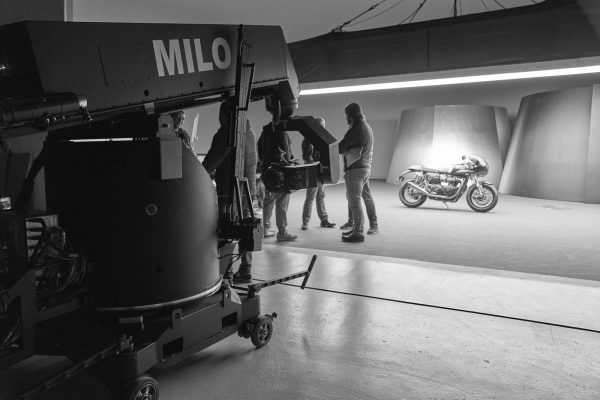 Triumph Thruxton & Rocket filming